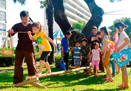 Ngày hội Phú Mỹ Hưng hướng về trẻ em trở thành điểm đến vui chơi lý tưởng năm cho các bé vào dịp hè.
