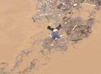 Thi thể người mất tích do mưa lũ có thể bị cuốn đi hàng trăm km.
