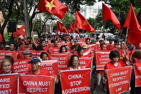Cộng đồng người Việt tham gia tuần hành ở Manila ngày 6/8