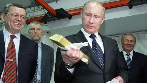 Nước Nga dưới thời Putin đầu 2016 trở thành quốc gia mua vàng nhiều nhất thế giới.