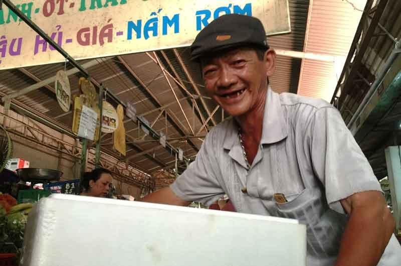 Người đàn ông may mắn, Trần Long