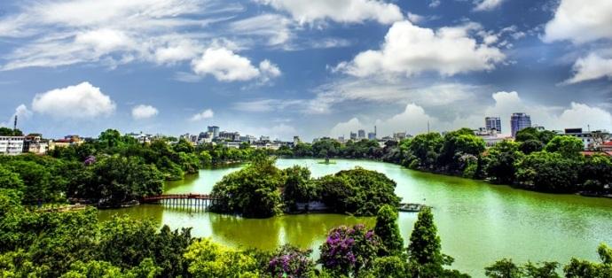 Được ví như lẵng hoa giữa lòng Thủ đô, Hồ Gươm sẽ là địa điểm lý tưởng để dạo chơi nhân dịp 2/9.