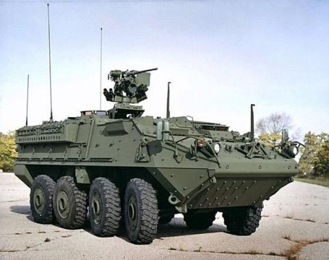 Xe bọc thép của General Dynamics chế tạo có thể sử dụng chống lực lượng nổi dậy ở Iraq và Afghanistan nhưng không thể chống lại quân đội Nga nếu xảy ra xung đột giữa hai nước. Ảnh: Forbes