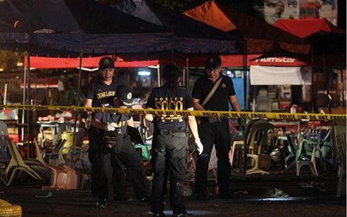 Cảnh sát phong tỏa hiện trường vụ tấn công. (Ảnh: ABS-CNB)