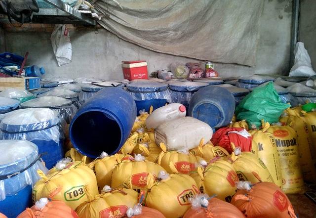 Hơn chục tấn măng tươi được phát hiện ngâm trong hóa chất độc hai