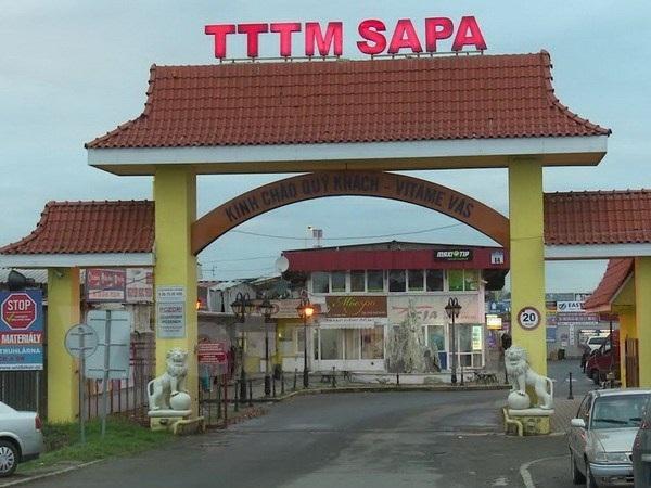 Trung tâm thương mại Sapa tại Cộng hòa Séc, nơi có 3.000 người Việt đang kinh doanh. (Ảnh: Trần Quang Vinh/Vietnam+)