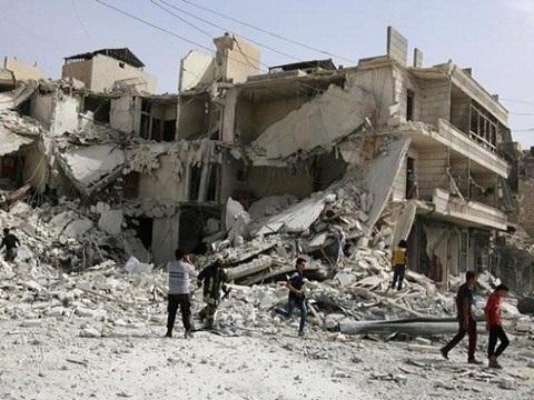 Một khu phố ở miền đông thành phố Aleppo bị tấn công hôm 21-9