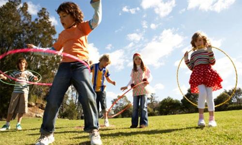 Các loại màn hình làm ảnh hưởng đến sự phát triển về thể chất và tinh thần của trẻ - 1