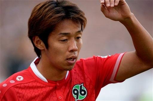 Hiroshi Kiyotake sẽ thi đấu trong àu áo của Sevilla 4 năm tới