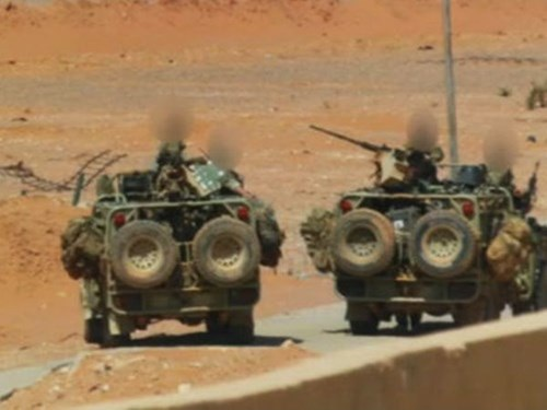 Binh sĩ  tinh nhuệ Anh đang phòng thủ căn cứ ở al-Tanaf, gần biên giới Syria