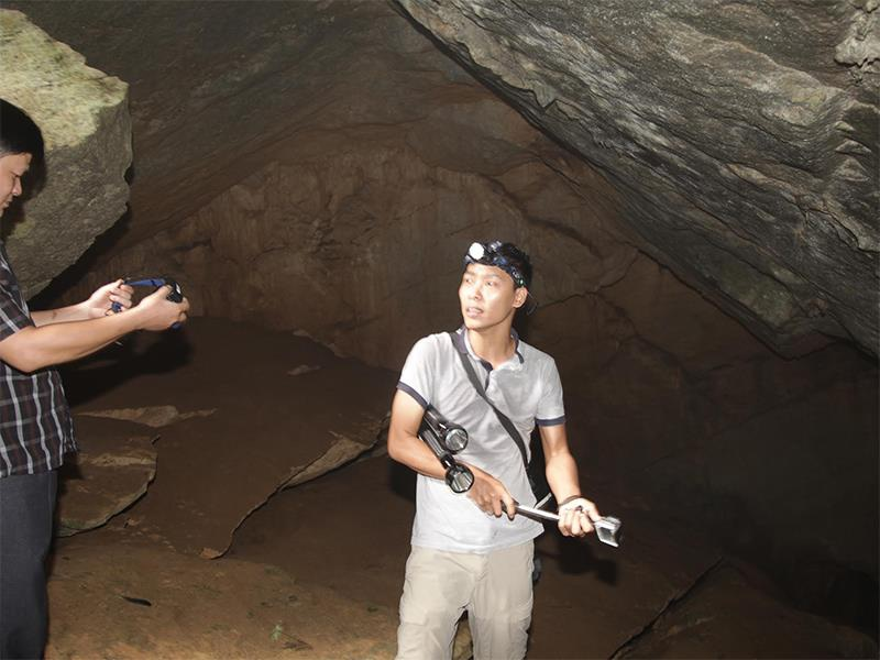 Anh Nguyễn Tuấn Linh, người phát hiện hang.