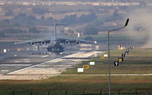 Căn cứ không quân Incirlik ở Thổ Nhĩ Kỳ được Mỹ và đồng minh sử dụng trong cuộc chiến chống IS. (Ảnh: AP)