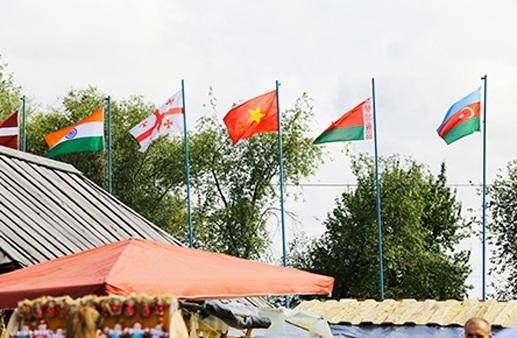 Cộng đồng Việt Nam tại Ucraina tham gia Hội chợ thường niên Sorochinsky Yarmarok - 2
