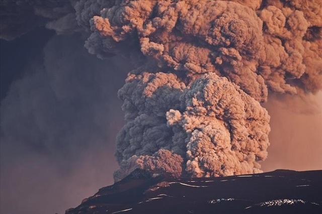 Cẩn thận với 9 ngọn núi lửa có thể hoạt động bất kì khi nào - 2