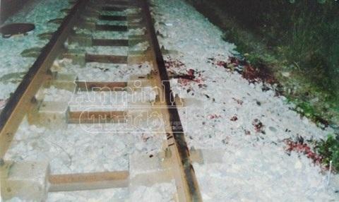 Hiện trường vụ tai nạn giao thông đường sắt trong đêm