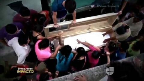 Phá mộ cứu thiếu nữ còn sống trong quan tài - 2