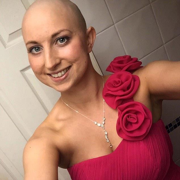 Theo tổ chức KHHGĐ: Tháng Mười năm ngoái Tori Coles là một trong những bệnh nhân đầu tiên của Anh, 27 tuổi, chủ sở hữu phòng gym Wight FIT ở thị trấn Newport, tại  Isle of Wight, đã được chẩn đoán mắc bệnh ung thư vú.