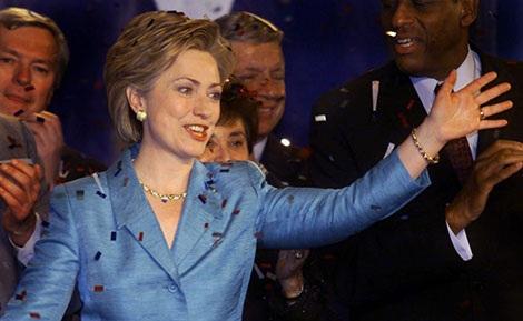 Bà Hillary Clinton sau khi được bầu làm Thượng nghị sĩ.