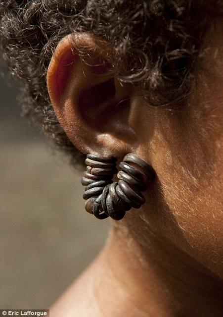 """Khám phá bộ tộc khuyến khích nữ giới tự do làm """"chuyện ấy"""" - 13"""