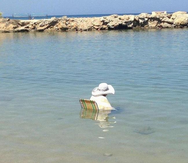 """""""Chộp"""" những hình ảnh """"hiếm thấy"""" trên bãi biển - 14"""