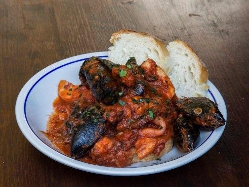 Những món ăn khiến bạn chảy nước miếng khi đi du lịch nước Ý - 13