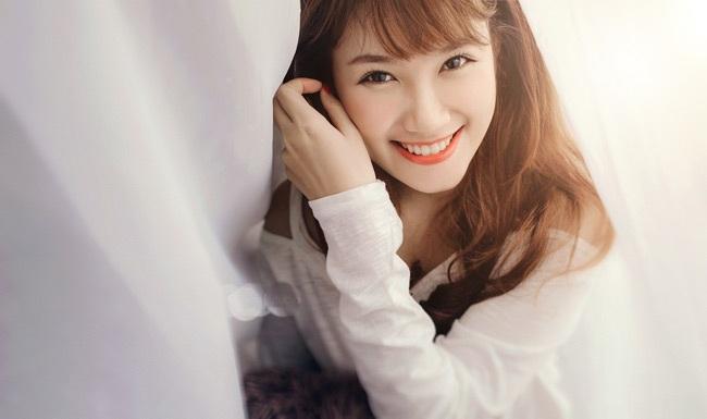 Điểm nổi bật nhất ở Phương Anh là nụ cười tỏa nắng.
