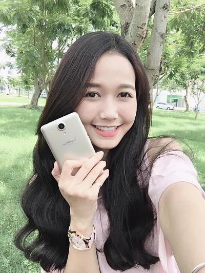 Cận cảnh LAI Yuna S phiên bản vàng hồng: Sắc màu thời thượng, camera chuyên selfie 8.0 MP - 2