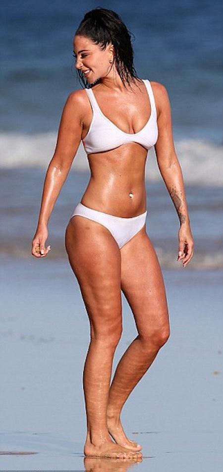 Người đẹp diện bikini nóng bỏng…