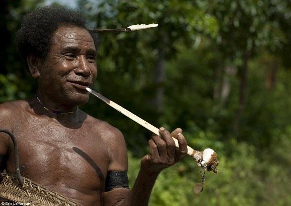 """Khám phá bộ tộc khuyến khích nữ giới tự do làm """"chuyện ấy"""" - 2"""