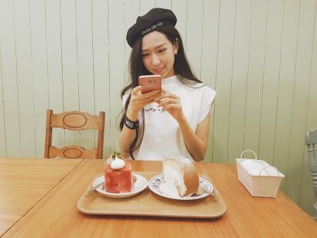 MIN tự tay chọn trang phục cho MV mới tại Hàn Quốc - 2