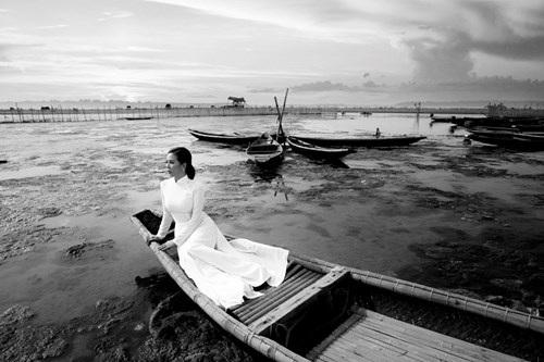 Và khi đến với phá Tam Giang, chị thực sự bị mê hoặc bởi vẻ đẹp của nơi đây.