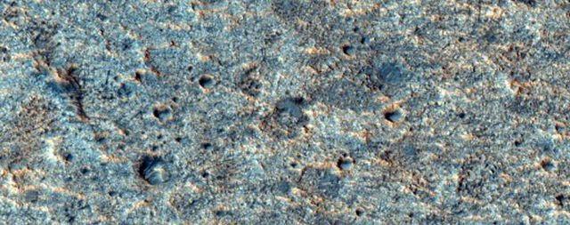 NASA công bố hơn 1000 bức ảnh mới nhất chụp từ sao Hỏa - 2