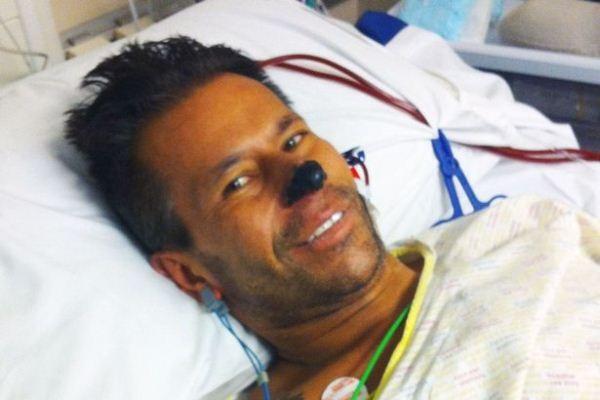 Khi được đưa vào bệnh viện, Dean chỉ còn 10% cơ hội sống sót