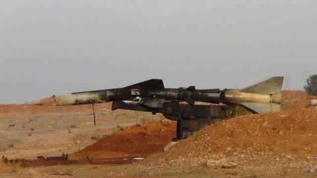 Tên lửa phòng không V-759 bị phá hủy ngay trên bệ phóng ở ngoại ô Aleppo
