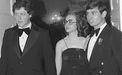 Vợ chồng Clinton khi còn làm Thống đốc bang Arkansas.