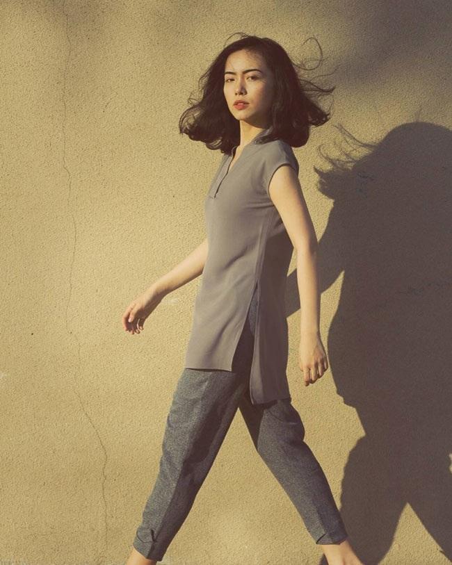 Gu thời trang trẻ trung, hiện đại của cô nàng 21 tuổi cũng là điểm thu hút người nhìn.