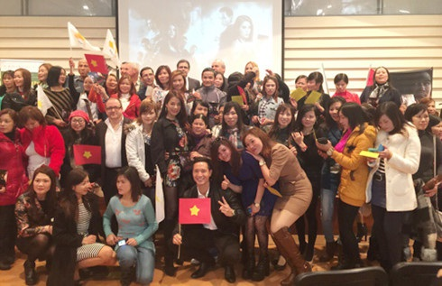 Giao lưu sinh viên Việt Nam, bà con Việt Kiều diễn ra từ 18-30/1, nhân dịp kỷ niệm 40 năm thiết lập quan hệ ngoại giao Việt Nam - Cộng hoà Síp (Cyprus).
