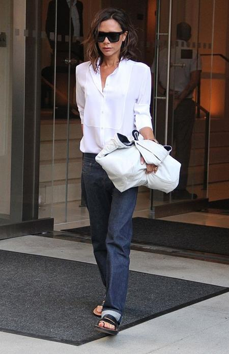 Victoria vẫn đang tích cực chuẩn bị cho buổi trình diễn thời trang sắp tới…