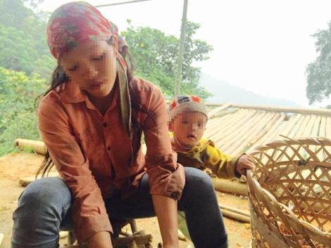 Vợ con Tẩn Láo Lở cũng chịu nỗi đau không kém.