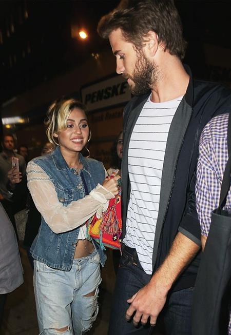 Miley luôn nở nụ cười hạnh phúc trên môi