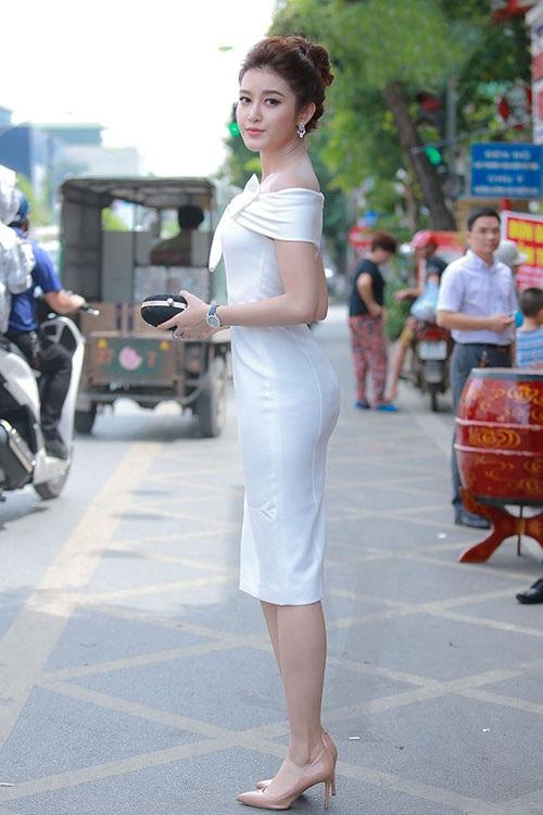 Sau 2 năm nhiệm kỳ Á hậu 1 Huyền My ngày càng đắt show trong làng giải trí Việt