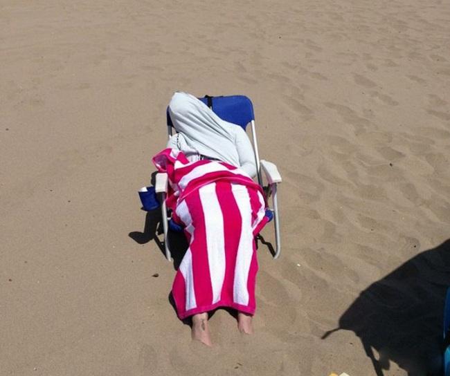 """""""Chộp"""" những hình ảnh """"hiếm thấy"""" trên bãi biển - 5"""