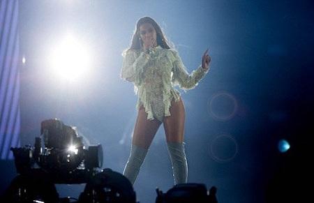 Nữ ca sĩ rất biết ơn sự ủng hộ của người hâm mộ