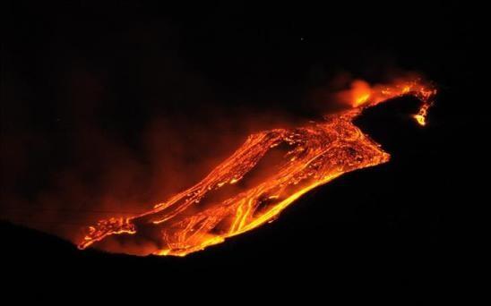 Cẩn thận với 9 ngọn núi lửa có thể hoạt động bất kì khi nào - 6