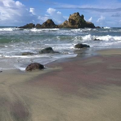 Những bãi biển nhiều màu sắc nhất hành tinh - 7