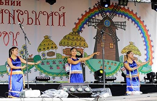 Cộng đồng Việt Nam tại Ucraina tham gia Hội chợ thường niên Sorochinsky Yarmarok - 7