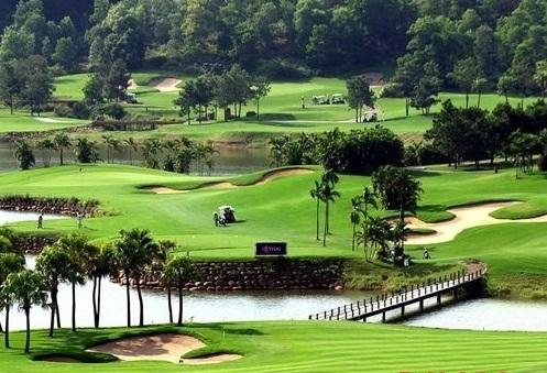 Đồng Mô là điểm du lịch lý tưởng cho những ai muốn tìm kiếm điểm nghỉ dưỡng gần Hà Nội dịp 2/9.