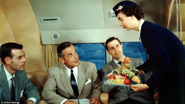 """""""Thượng đế"""" ngành hàng không những năm 50 sang trọng, lịch thiệp cỡ nào? - 8"""