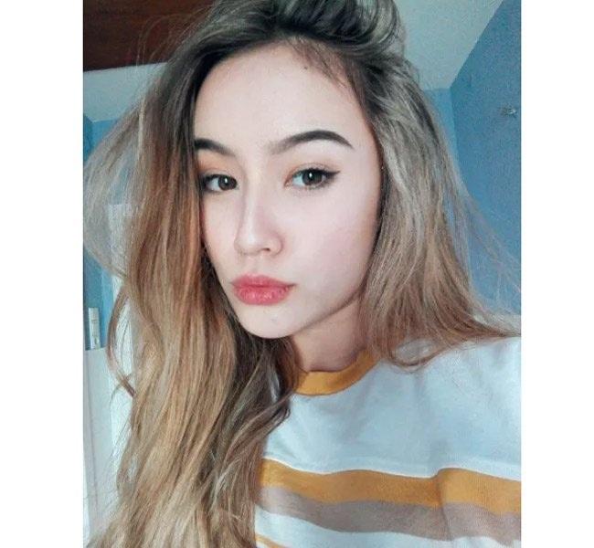 Jade sở hữu vẻ đẹp rất Tây với đôi môi quyến rũ.