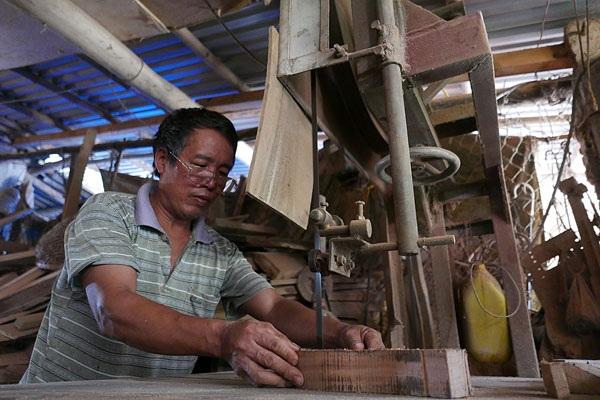 Sự giúp ích của máy móc cũng giúp ông Bản tạo ra thêm nhiều sản phẩm và cũng đỡ vất vả hơn nhiều so với trước đây.